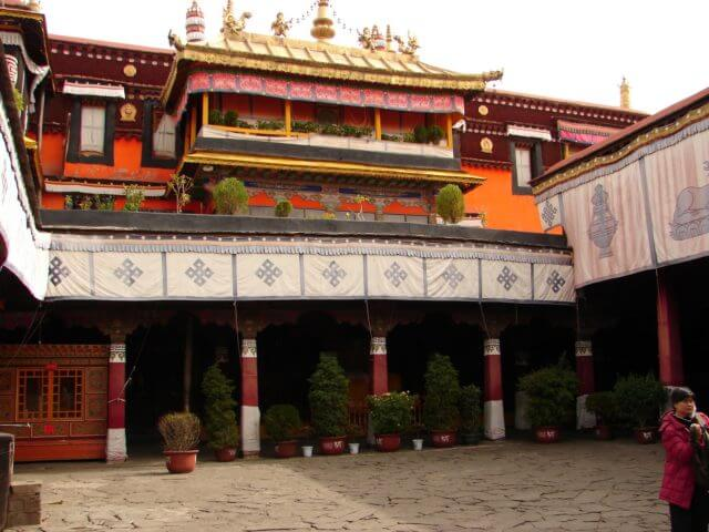 A picture of the Jokhang Temple in Tibet